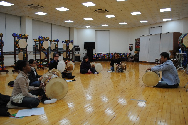 Samulnori Class For Foreigners